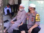 Foto : Kapolda Maluku Irjen Pol Baharudin Djafar tengah duduk bersama Ustad Habib Rifki Aseggaf Salah Seorang Tokoh Ulama di Provinsi Maluku